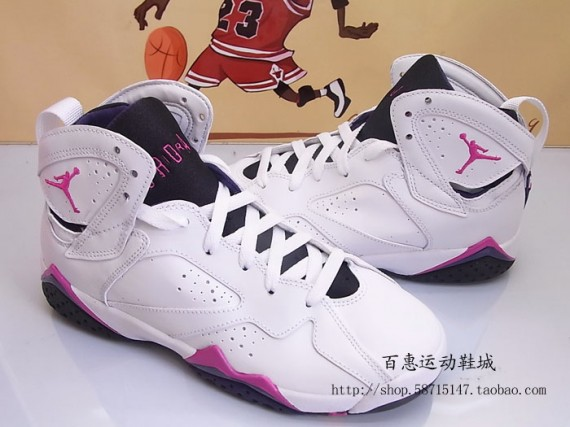 Air Jordan VII GS: White   Fireberry   Night Blue   Black