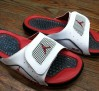 jordan-iv-hydro-premier-white-varsity-red-black-04