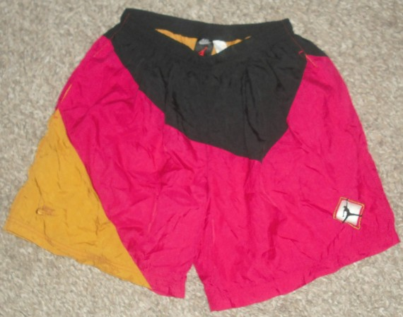 Vintage Gear: Air Jordan Diamond Jumpman Nylon Shorts