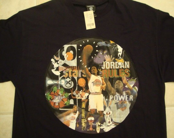 Vintage Gear: Warner Bros Michael Jordan Space Jam T Shirt