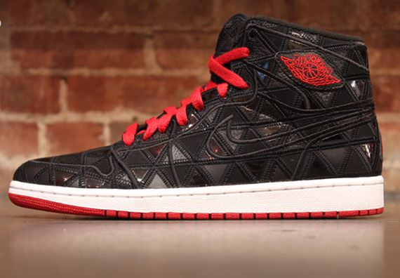 Air Jordan 1: J2K   Release Reminder