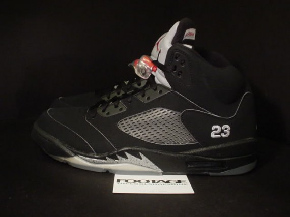 The Daily Jordan: Air Jordan V Metallic   2007