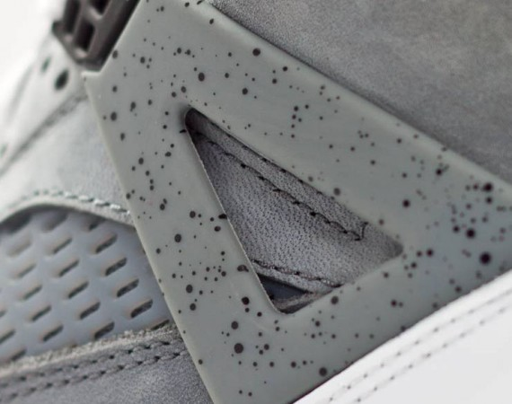 Jordan Spizike iD: Cement + Nubuck Options