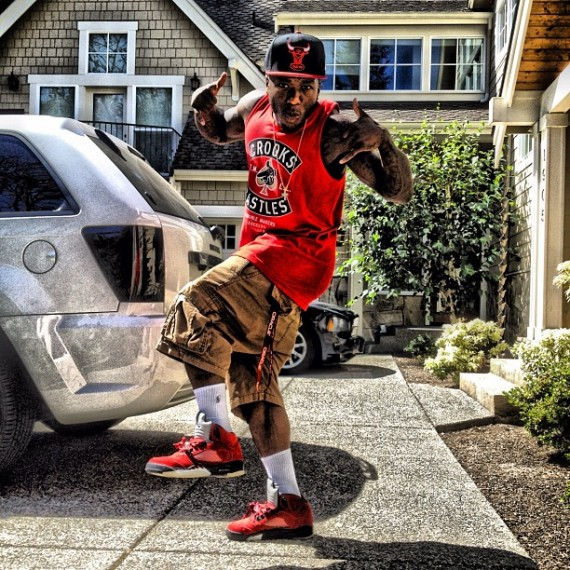Nate Robinson Wearing Air Jordan V Raging Bull