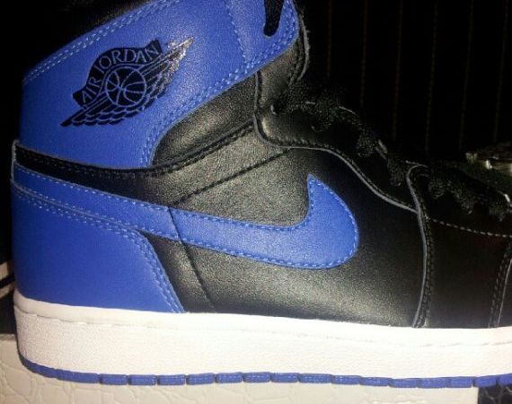 Air Jordan 1: Royal