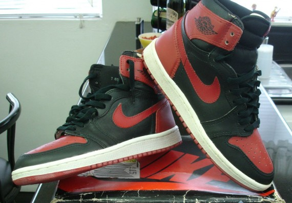 The Daily Jordan: Air Jordan 1 OG   Black   Red   1985