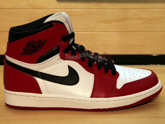 Air Jordan 1 Retro High: White  Red  Black