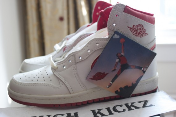 Air Jordan 1: OG White/Metallic Red