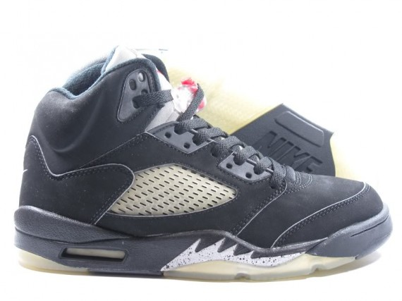 The Daily Jordan: Air Jordan V Metallic   2000