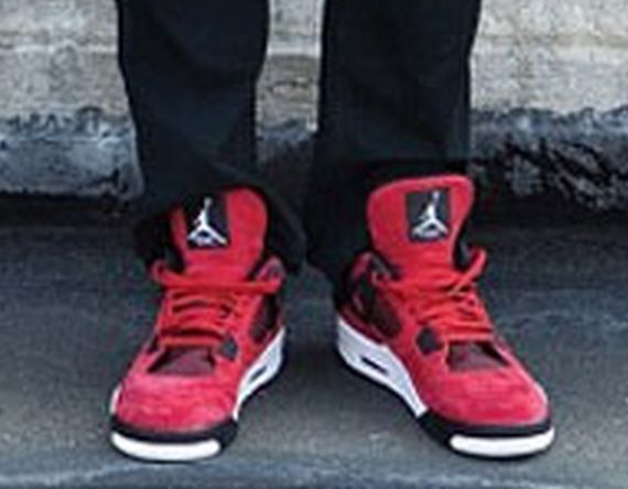 Carmelo Anthony in Red Nubuck Air Jordan IV