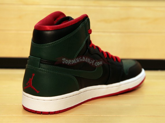 Air Jordan 1 Phat Gucci