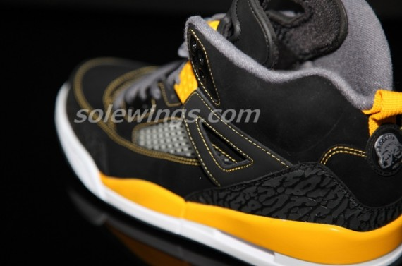 Jordan Spizike: Black   University Gold   White