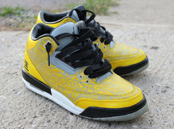 Air Jordan III Flip Tokyo Customs by EBreez3