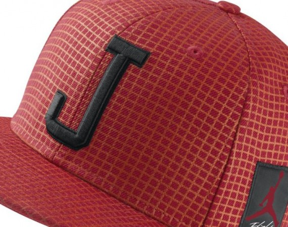 Air Jordan IV Bred Fitted Hat