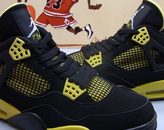 Air Jordan IV: Thunder   New Images
