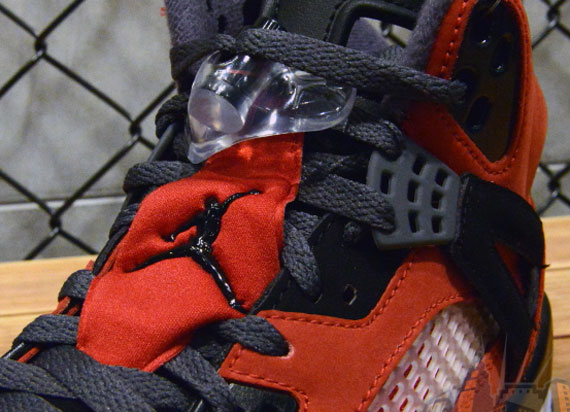 "Jordan Spiz'ike: ""Gym Red"""