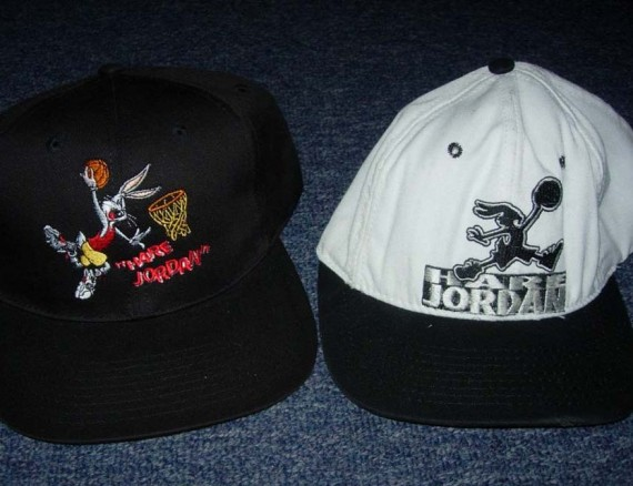 Vintage Gear: Nike Hare Jordan Snapback Set