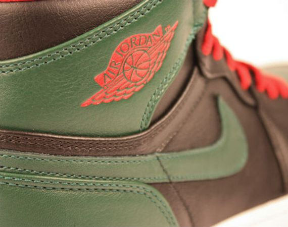 Air Jordan 1 High: Black – Gym Red – Gorge Green
