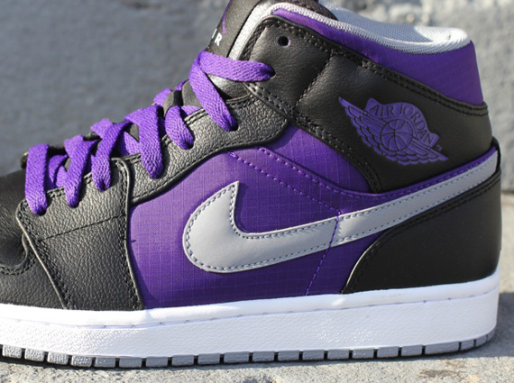 Air Jordan 1 Phat: Black   Court Purple