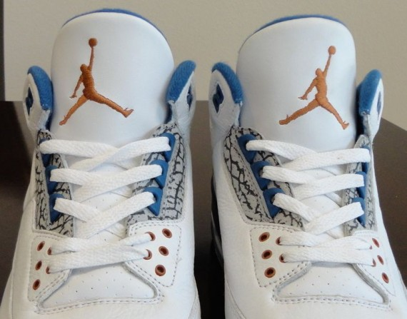 "Air Jordan III: ""True Blue"" – Copper Sample"