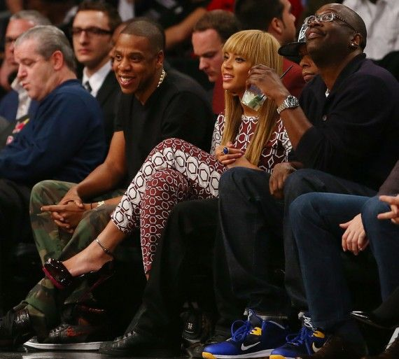 "Jay Z Wears Air Jordan 1 ""Brooklyn Zoo"" Customs"