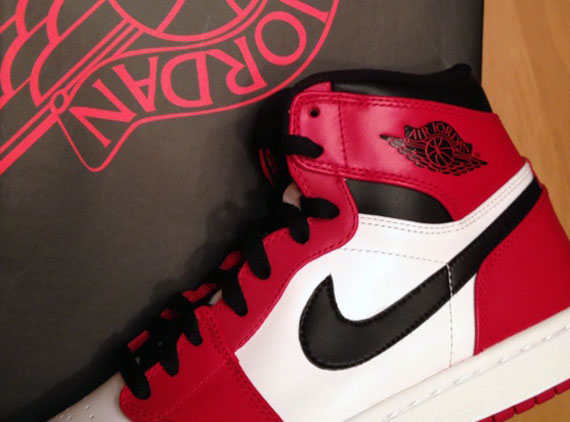 "Air Jordan 1 High Retro: ""Bulls"""