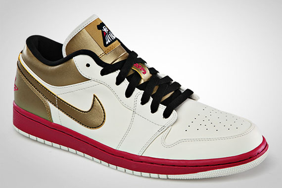 Air Jordan 1 Low: Sport Fuschia – Metallic Gold