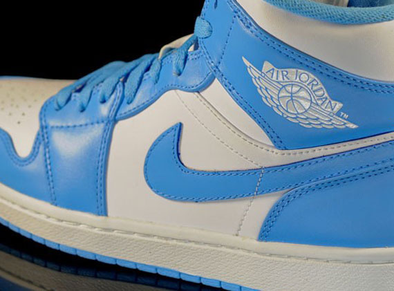 Air Jordan 1 Phat: University Blue