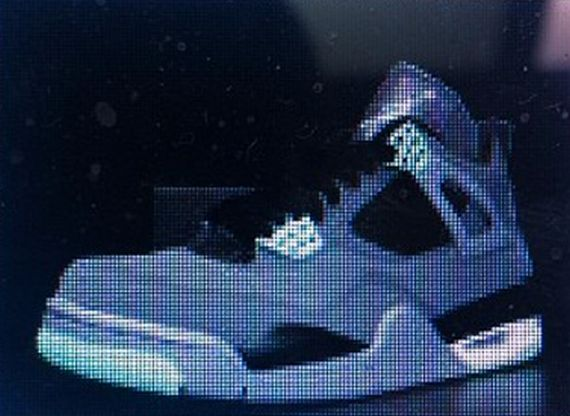 Air Jordan IV: Green Glow
