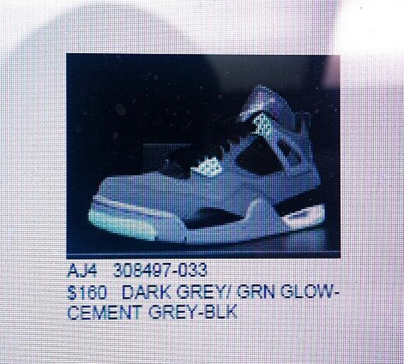 Air Jordan IV: Green Glow