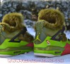 air-jordan-iv-the-grinch-customs-03