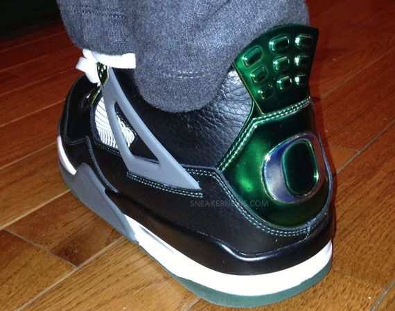 "Chi McBride Wears Air Jordan IV ""Oregon Ducks"""