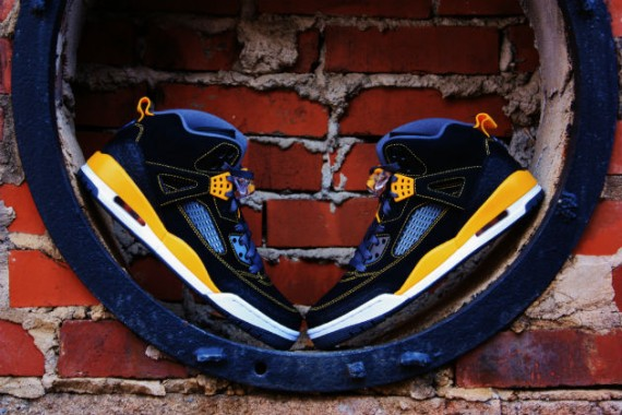 Jordan Spiz'ike: Black – University Gold | Arriving at Retailers