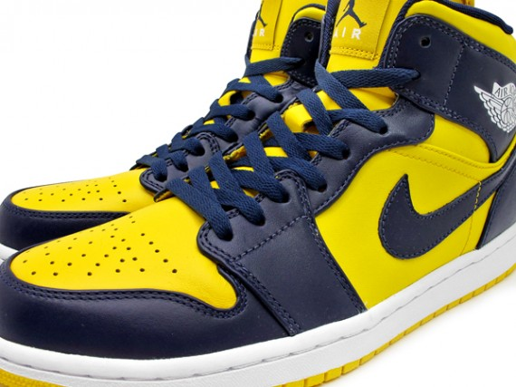 Marquette Air Jordan 1 Phat