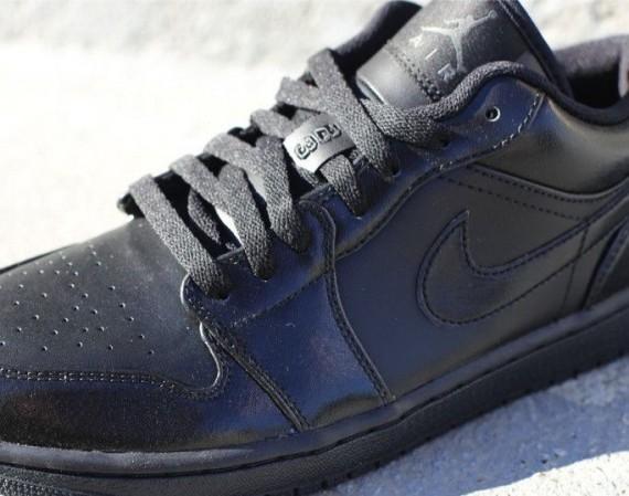 Air Jordan 1 Low: Black