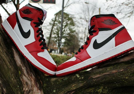 Air Jordan 1 Bulls   Arriving in Stores