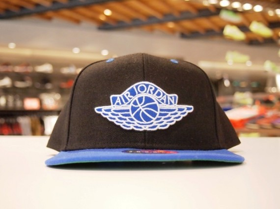 Air Jordan 1 Wings Snapbacks