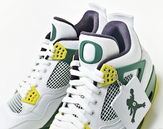 Air Jordan IV Jump Duck Oregon PE