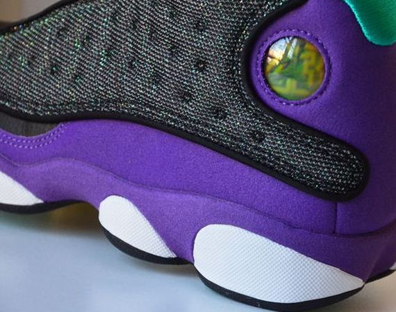 Air Jordan XIII GS: Black  Atomic Teal  Ultraviolet