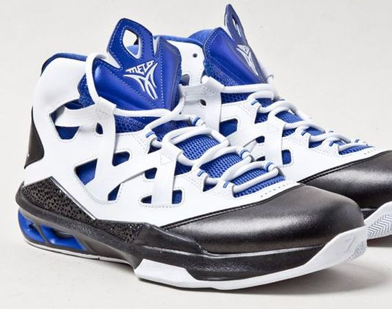 Jordan Melo M9: Black   White   Game Royal