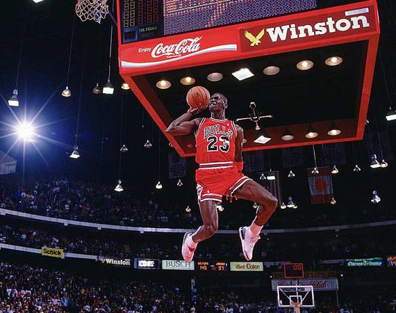 50 Iconic Michael Jordan Photos