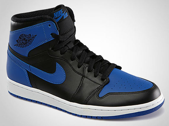 Air Jordan 1: Royal   Official Images
