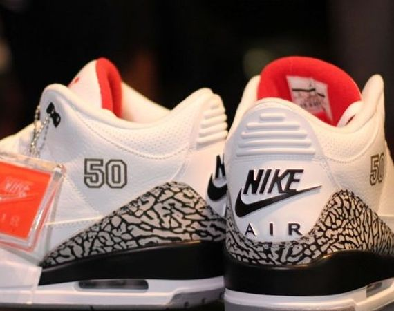 d28d40b389f The Air Jordan III  88 retro release came at a very specific time which  honored the 25 year anniversary of Michael Jordan s Slam Dunk Contest win  in that ...