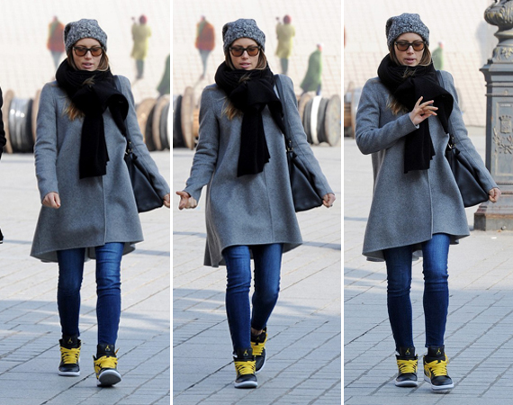 Jessica Biel Wearing Air Jordan 1 Phat