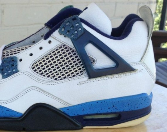 Air Jordan IV: Blue Speckle  Unreleased 1999 Sample 