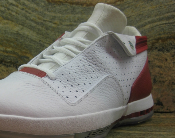 Air Jordan XVI Low: Unreleased 2012 Sample