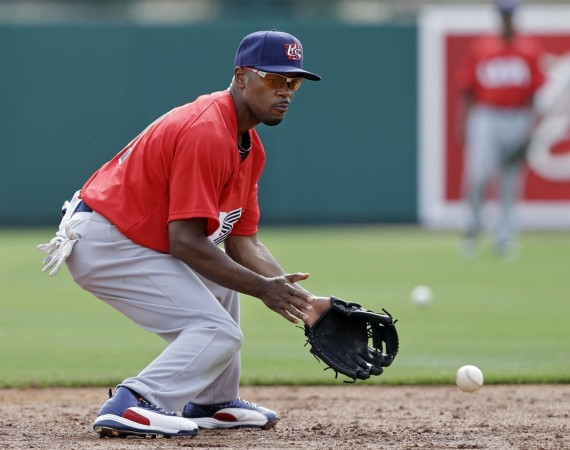 "Jimmy Rollins Wears Air Jordan XII ""World Baseball Classic"" PEs"