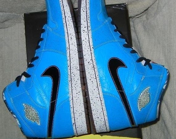 8455072e417 ... of the Quai 54 connected Air Jordan releases go  This pair was the 2009  retro release for that international basketball event