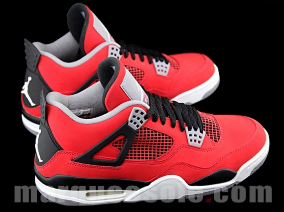 f96a8fab4270bc ... black and white 4s jordans .. ...