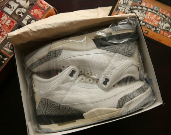 Air Jordan III: White/Cement   1994 Retro